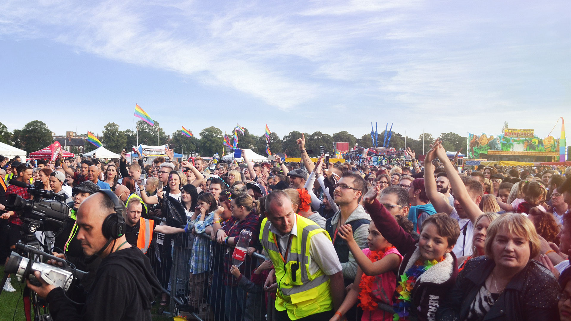 Leicester Pride main stage crowd